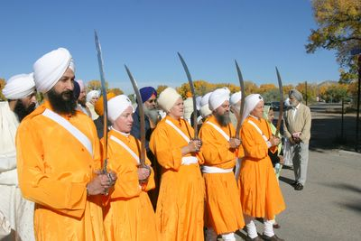 Do Sikhs Give Wedding Rings During Their Weddings