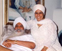 Yogi Bhajan and his wife Bibi Inderjit Kaur